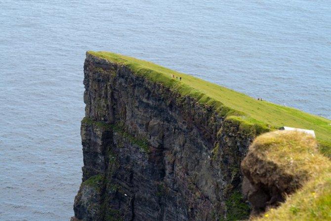 Klippe auf den Färöer Inseln