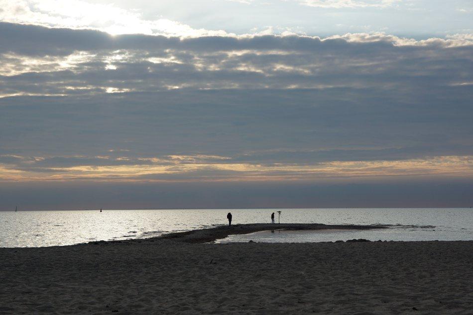 Wolkenspiel am Strand auf der Insel Poel